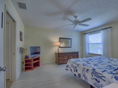 3 bed/2 bath Designer in Duval with Florida Room and enclosed lanai The Villages Florida