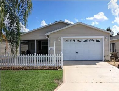 AVAILABLE FOR THE SEASON! COZY VILLA NEAR SUMTER LANDING AND BROWNWOOD The Villages Florida
